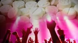 Sballo e morte per ecstasy in discoteca